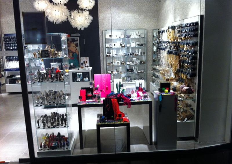 magasin bijoux rennes bijoux la mode. Black Bedroom Furniture Sets. Home Design Ideas